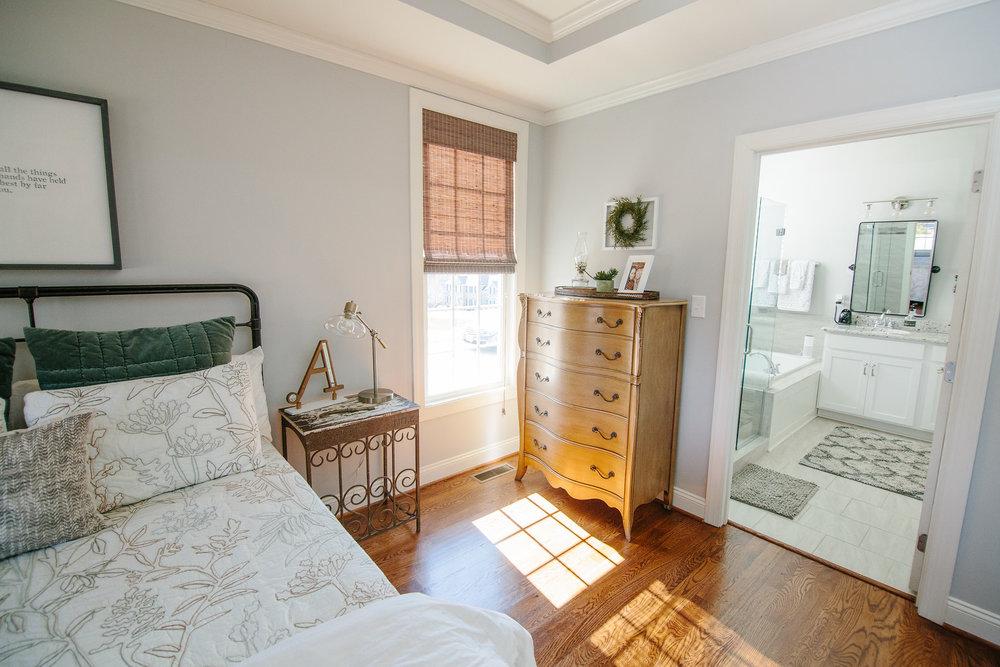 Anguiano Home - Bedroom