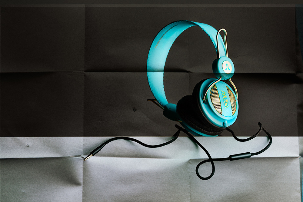 Headphones 2 0284-Edit.jpg