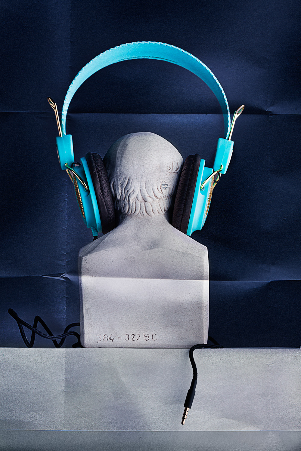 Headphones 2 0362_.jpg