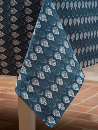Isabella Blue Tablecloth Corner 312 x 416.jpg