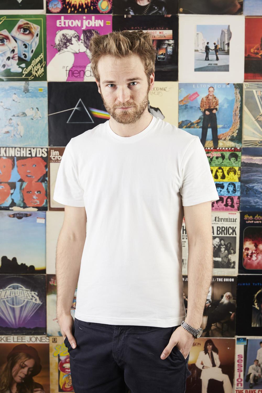 T-Shirt White1.jpg