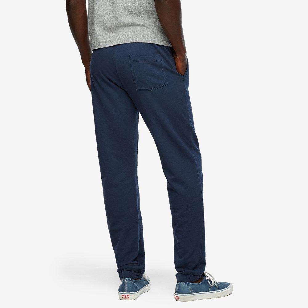 men-essential-sweatpant-back.jpg