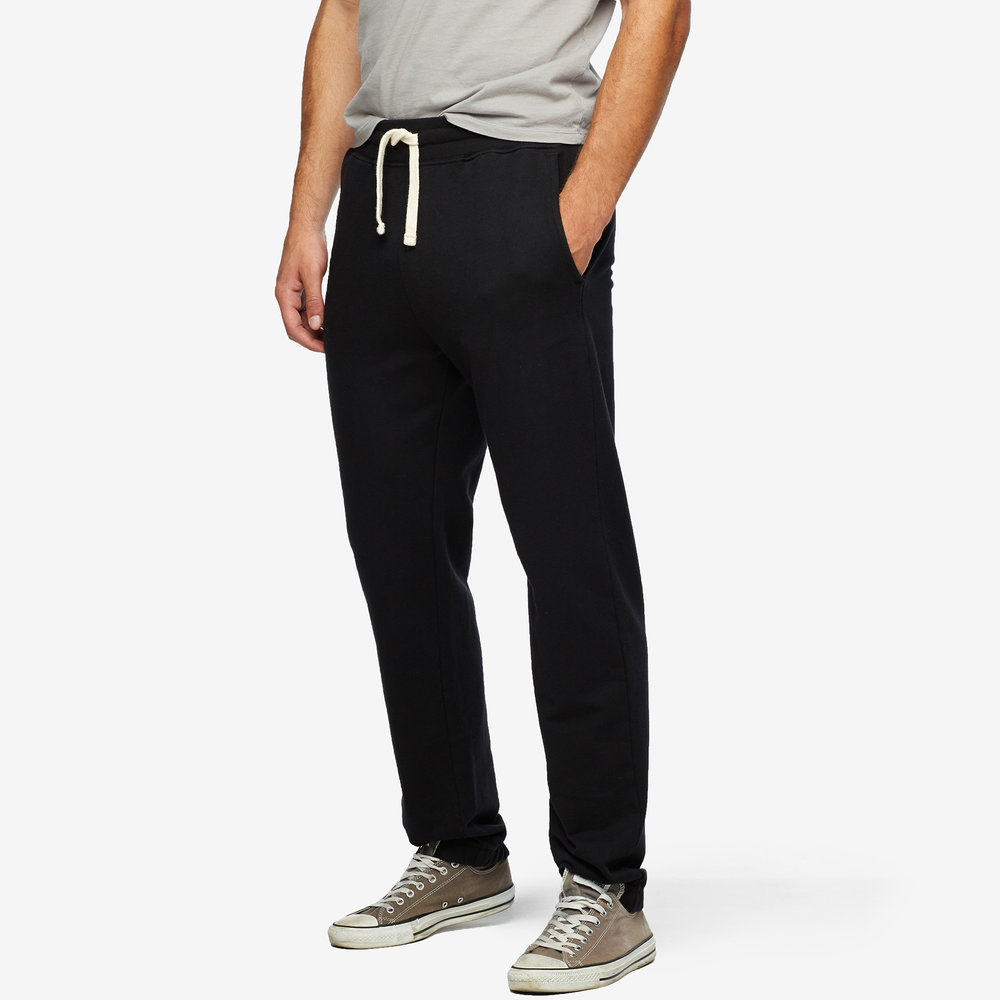 men-essential-sweatpant-front.jpg