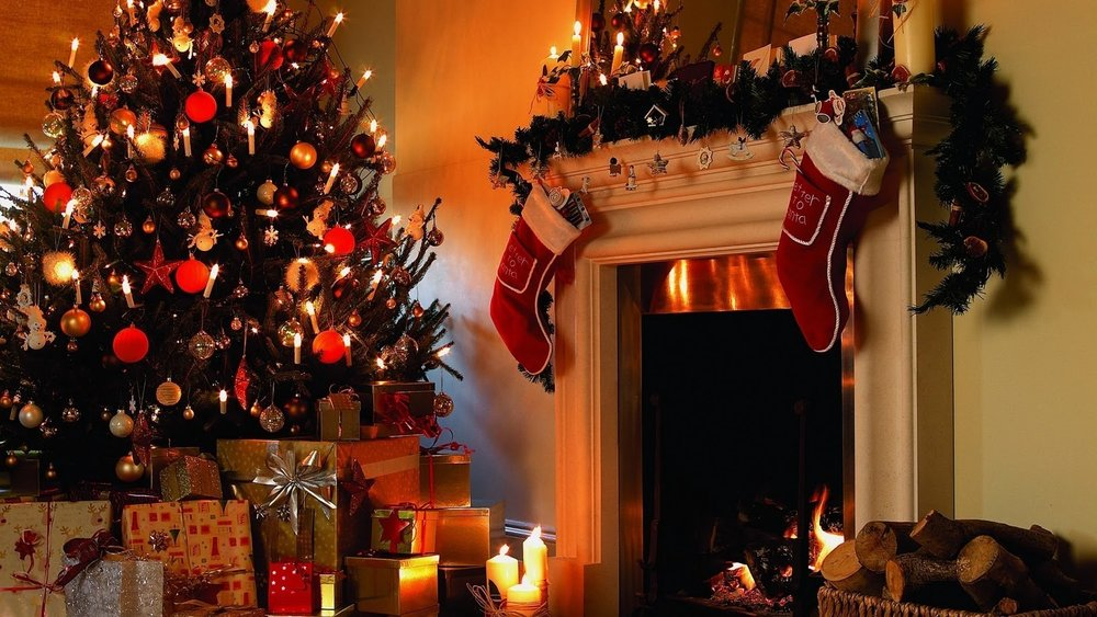 Christmas Tree and Fireplace wallpaper4.jpg