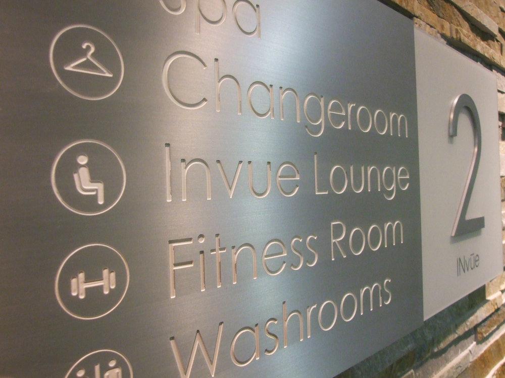 Invue_wayfinding sign_0003b.jpg