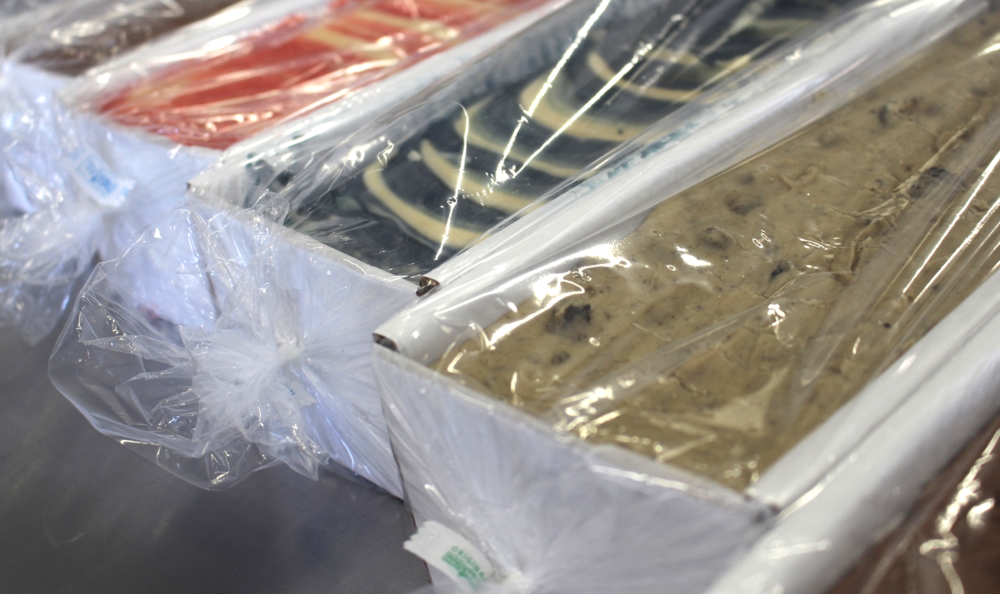 Bulk loaves are sealed in bags for easy reuse at the end of each day or show.