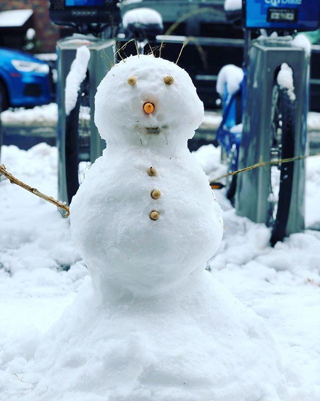 #lifewithmiles #citykid #brooklyn #snowman
