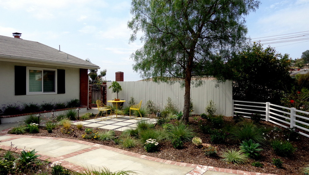 1jpg - Living Gardens Landscape Design