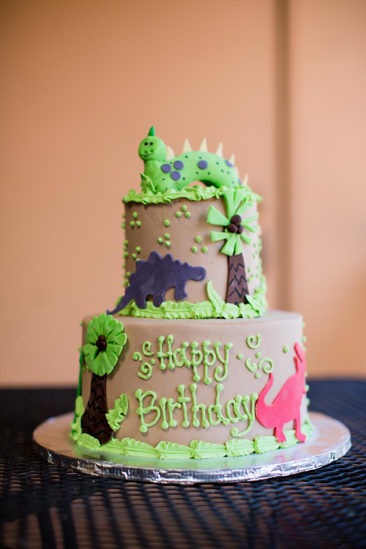 dinosaur-birthday-cake-marie-shannon-confections-1.jpg