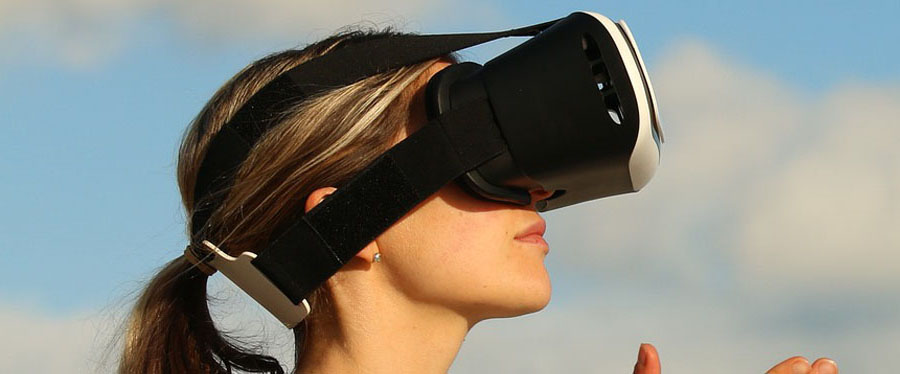 4-reasons-why-virtual-reality-will-benefit-your-business.jpg