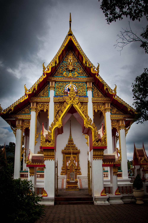 temple & sky2-1.jpg