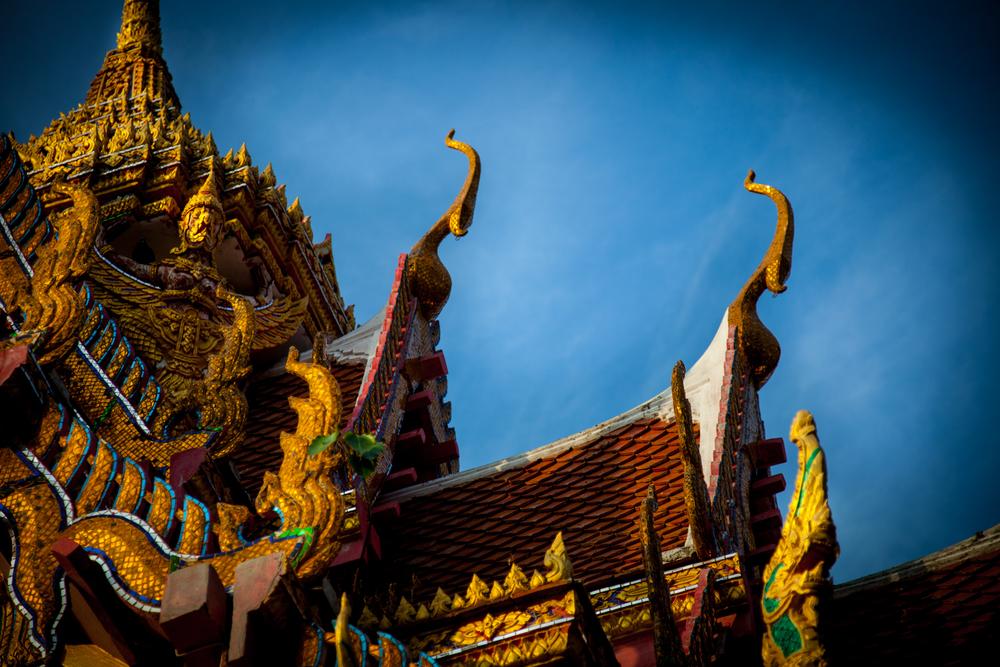 huahin temple roof-1.jpg