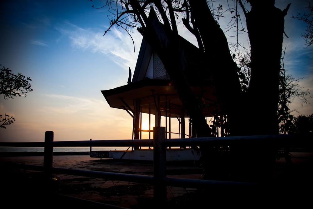 huahin beach temple-1.jpg