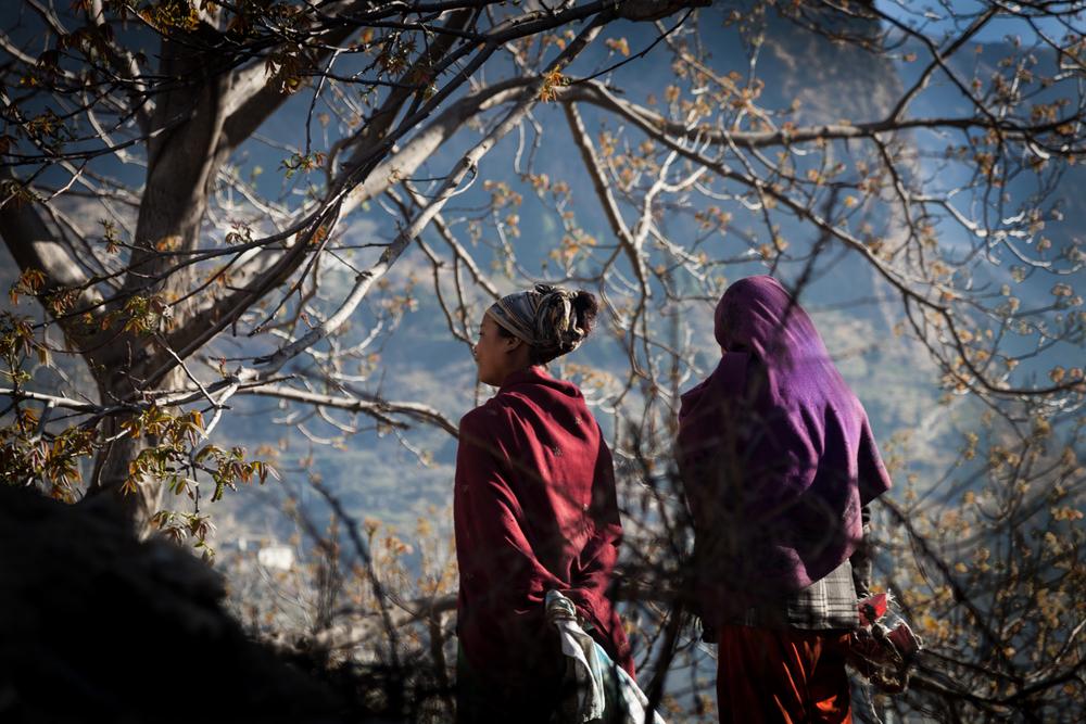 2 girls by tree-1.jpg