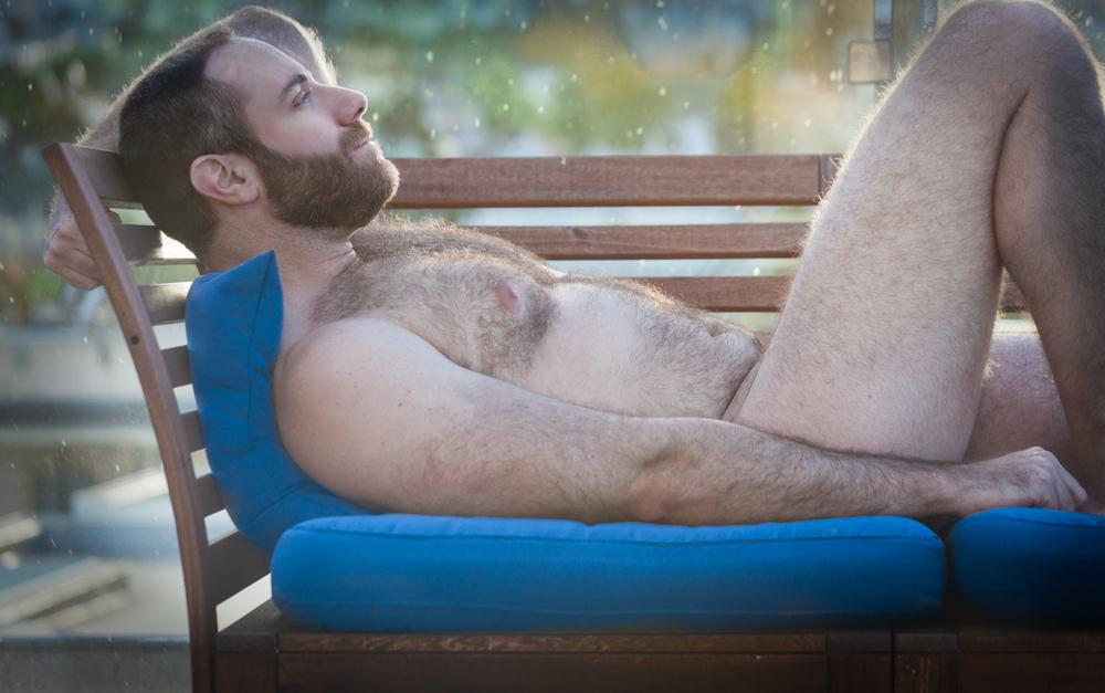 erez naked bench back2-1.jpg