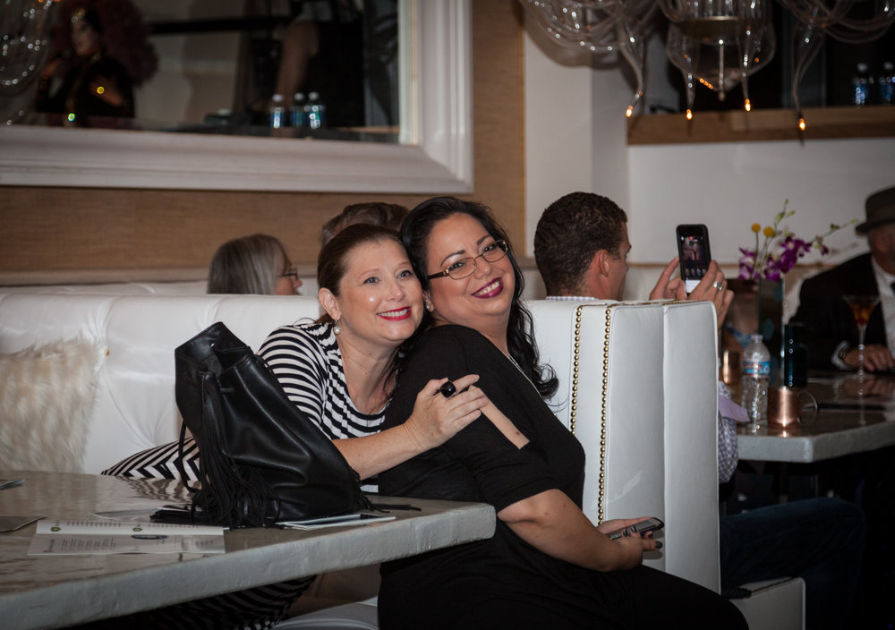 Laura&Paloma-1.jpg