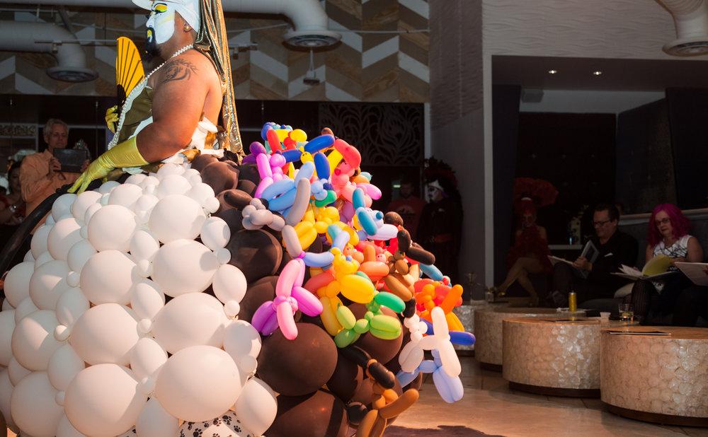 BalloonsSide-1.jpg