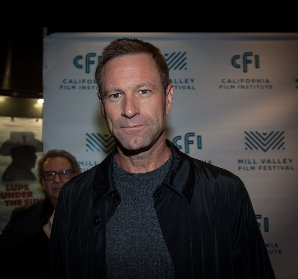 Aaron Eckhart - Close Up-1.jpg