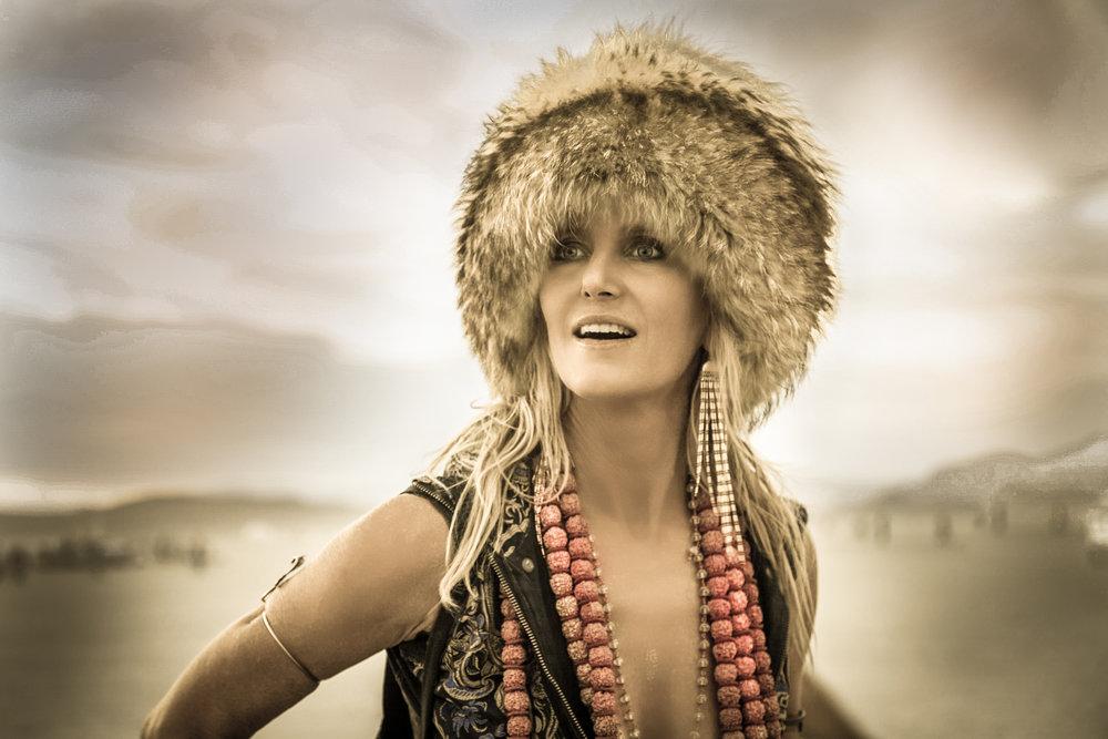 LR fur lady-1.jpg