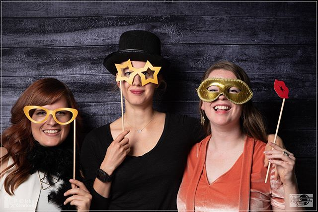 One more shoutout to @johncornicello for coming and taking pictures, these are hilarious and lovely. Yay glad #creativesnight was a smashing success. #makeart #creative #designworld #womeninbusiness #livethedream #favoritethings #golden #tophat #goodtimes #ididntwashmyhair #ladies #photobooth