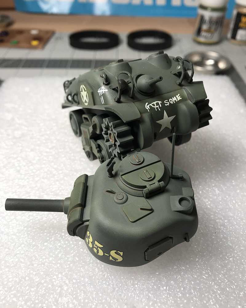 Meng-Sherman-Tank-11.jpg