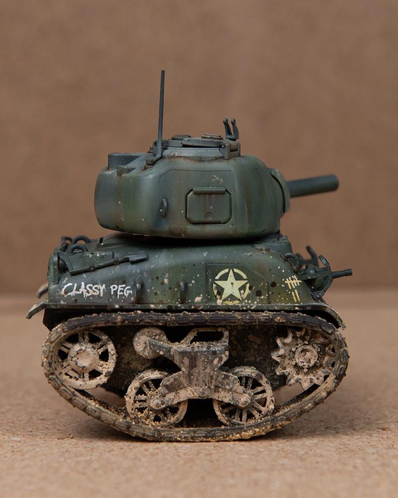 Meng-Sherman-Tank-14.jpg
