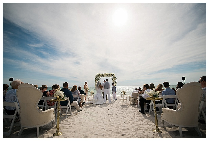 glam-destination-beach-wedding-Trenholm-Photography-Elleson-Events_0415.jpg