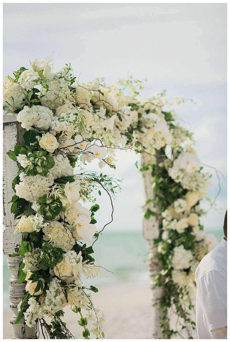 glam-destination-beach-wedding-Trenholm-Photography-Elleson-Events_0419.jpg
