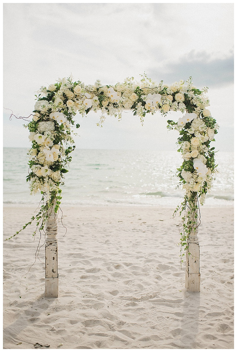 glam-destination-beach-wedding-Trenholm-Photography-Elleson-Events_0423.jpg