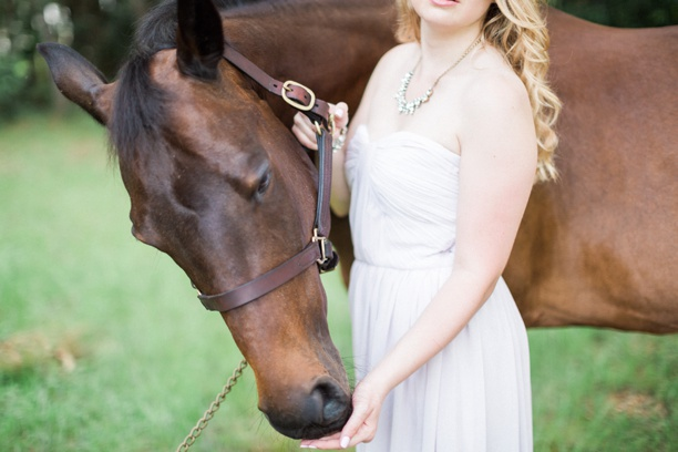 Equestrian-Barn-Engagement-Hunter-Ryan-Photography-Elleson-Events_0728.jpg