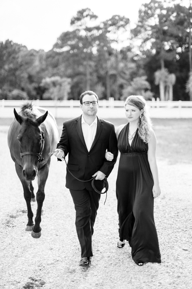 Equestrian-Barn-Engagement-Hunter-Ryan-Photography-Elleson-Events_0752.jpg