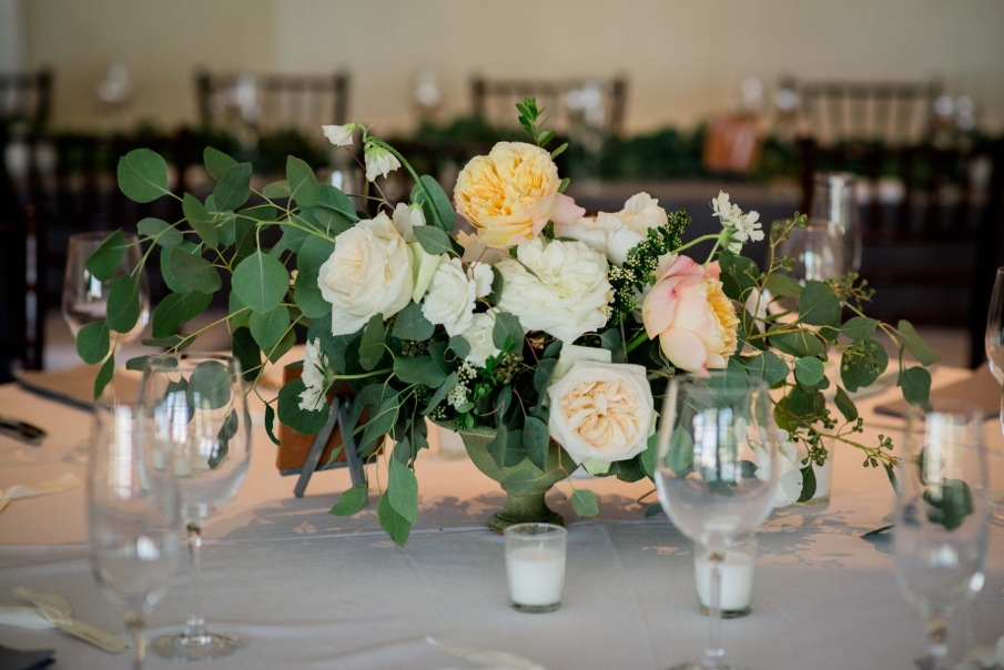 Organic-white-and-grey-Florida-wedding-Miranda-Lawson-Photography-Elleson-Events_0653.jpg