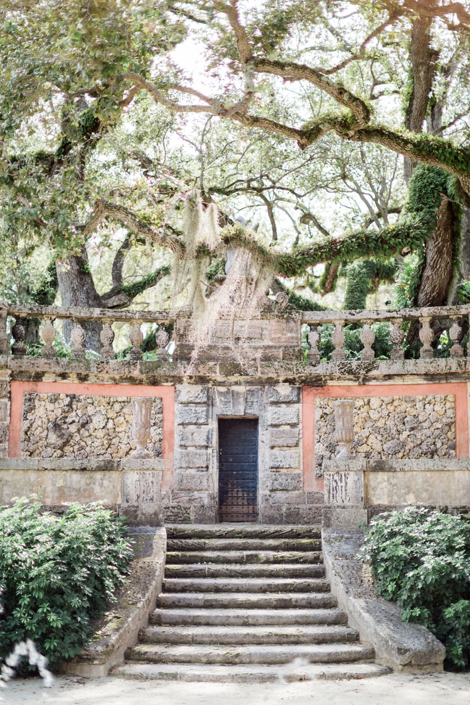 Vizcaya Engagement | Miami Wedding Inspiration | Estate Engagement Photos | Hunter Ryan Photo | Elleson Events