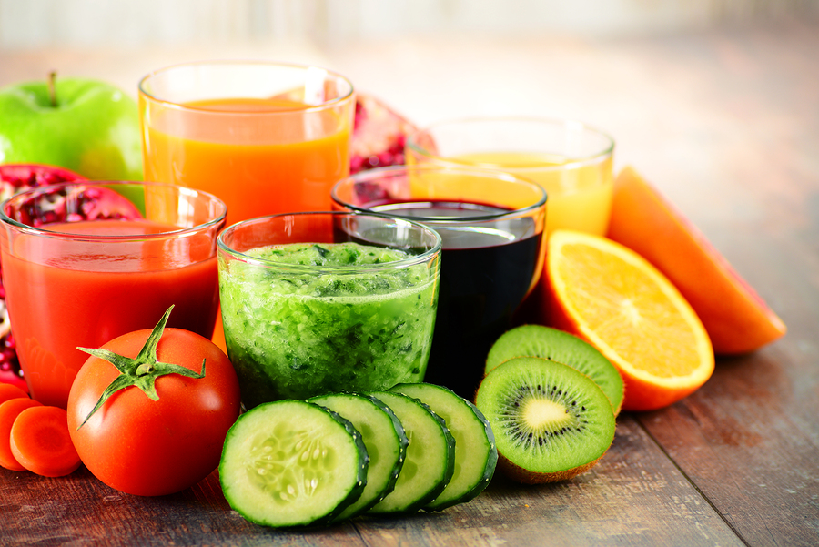 5 glasses fruit vegetable detox juice