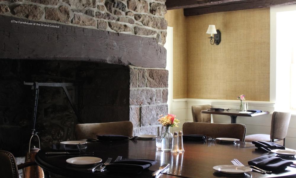 1685 ROOM_Fireplace1.jpg