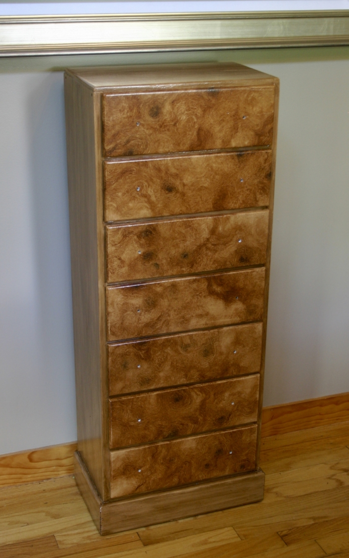The completed dresser (just waiting on knobs!)