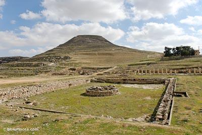The pool at Lower Herodium