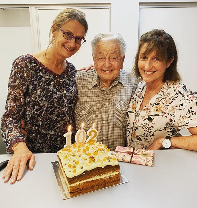 Happy 102nd Birthday to our lovely Ken 💕🥳🎂 #102birthday #physiokeepsyoumoving