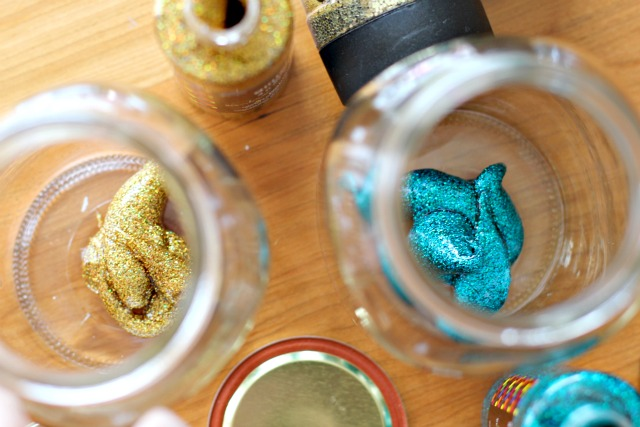 How much glitter glue did I use, you ask? Imagine a miniature dachshund's morning poop. That much.