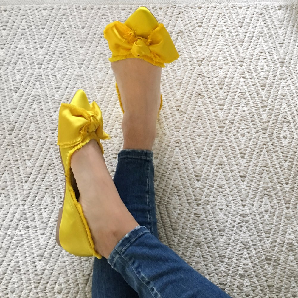 yellowshoes.JPG