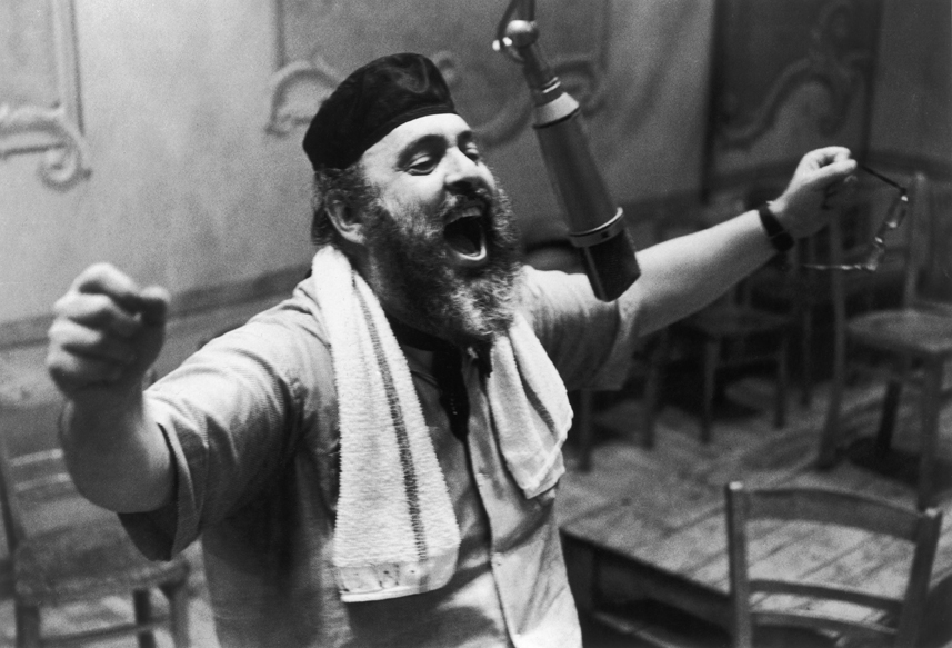 Zero Mostel records Fiddler on the Roof.
