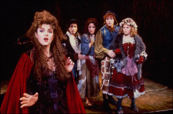 Bernadette Peters, Chip Zien, Kim Crosby, Ben Wright, Danielle Ferland in IntoThe Woods.