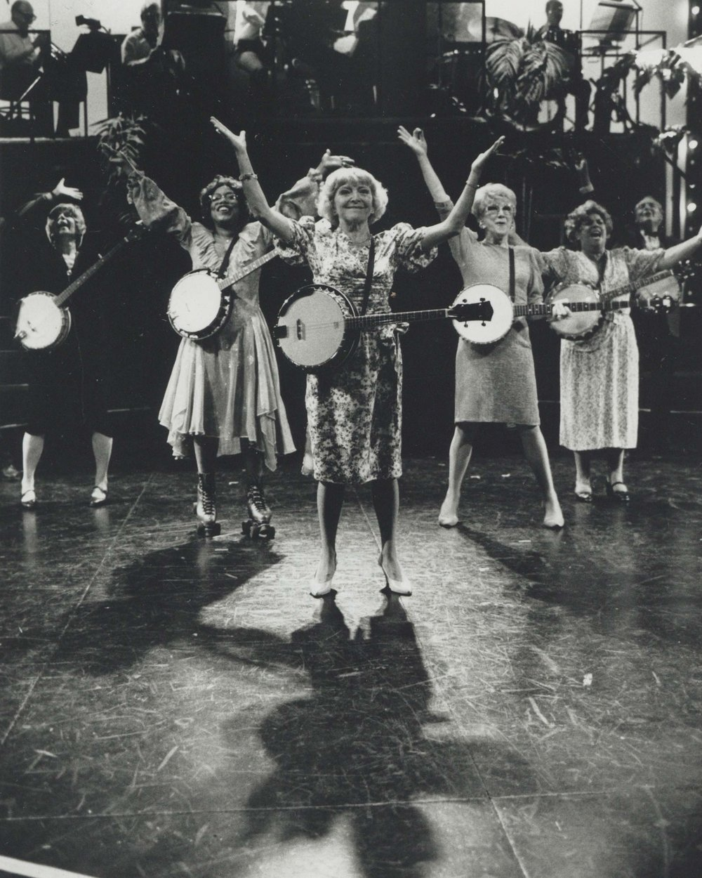 Dora Bryan (center) in  70, Girls, 70  in the West End