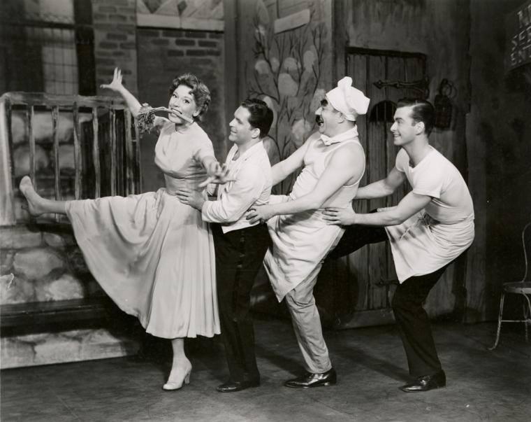 WON-Carol-Channing-in-1954.jpg