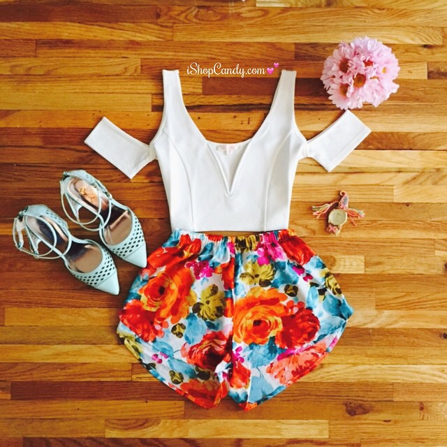 Pictured:  Evelyn Crop Top, Blossom Summer Shorts (White)