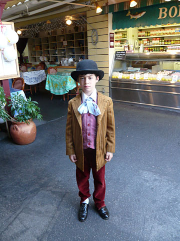 "Arlo Weiner  , America's most stylish eight-year old. ""His look is part  Oliver Twist,  part  Royal Tenenbaums —eclectic and kidlike, but somehow knowingly so."""