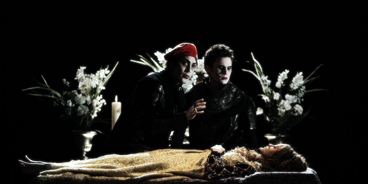 This is exciting indeed.    adeandabet :       Rosenkrantz and Guildenstern are Undead     Yes, please! Finally, a movie combining my appreciation for Shakespeare and my fascination with the undead. (Click through for more photos and the trailer).