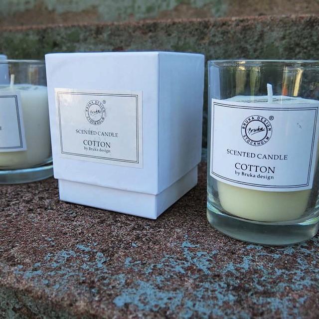 Härliga doftljus i flera dofter, kom in & hitta din favorit! #artinmora #interiör #höstmys #brukadesign
