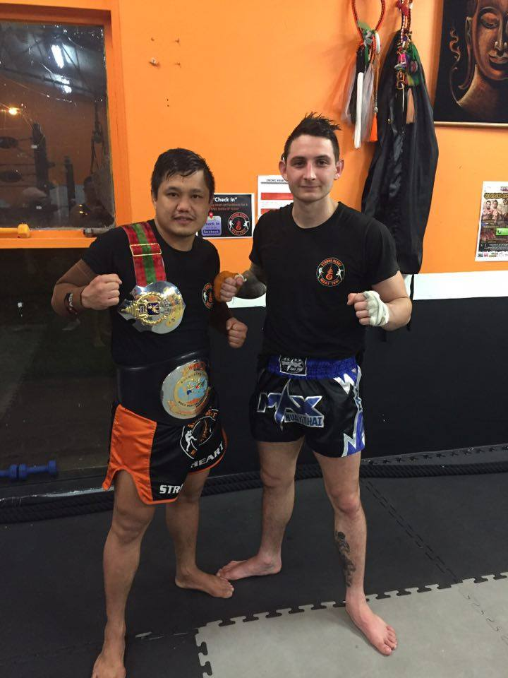 Thai trainer Sayanoi (right) and Jordan (left).  Image via Jordan Fielding.