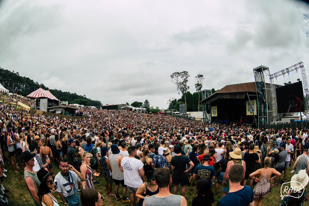 Falls Festival Lorne 16 17